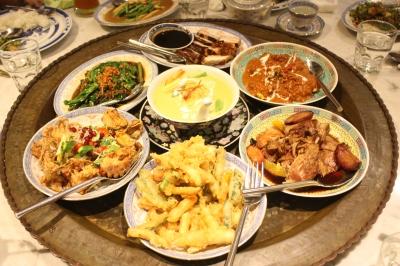 Organic Roast Pork, Grilled Chicken Kapitan, Lor Ark, Crispy Nyonya Tempura, Thai Soft Shell Crab Salad, Prawn Geng, Cher Chai, Sambal Goreng