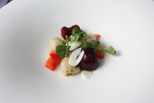 Gazpacho with scallop tartare and fresh almonds