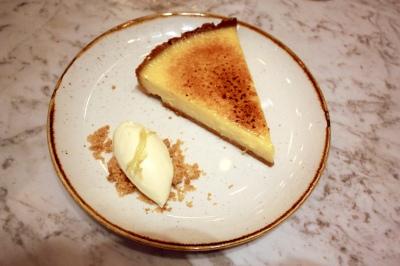 Caramelised lemon tart, fromage frais with lemon thyme