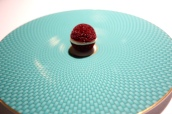 Change-of-air - Aerated beetroot macaroon