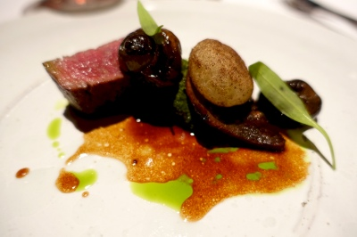Hertfordshire beef sirloin, wild garlic pesto and braised snails